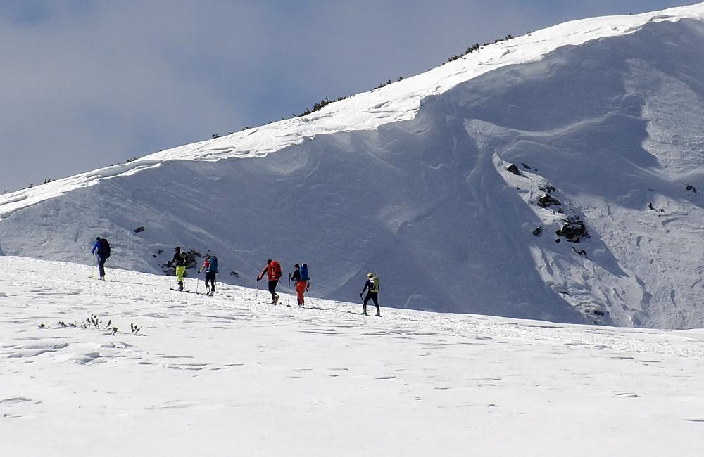 snowshoeing tour bulgaria