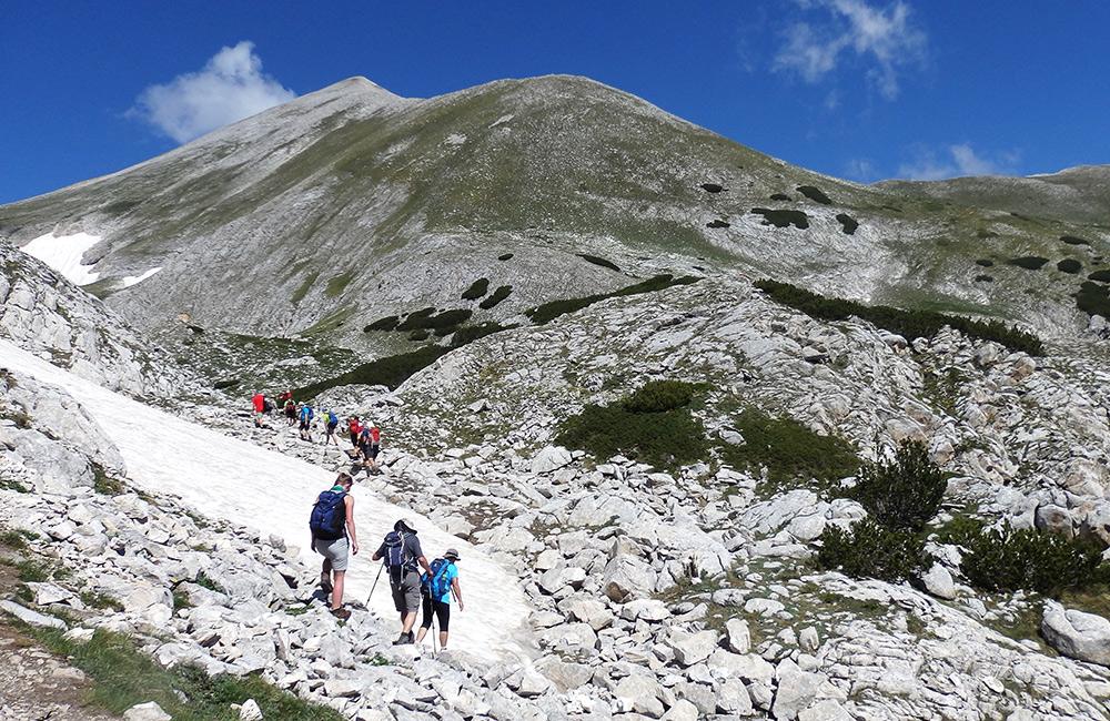trekking tour in the mountains of bulgaria