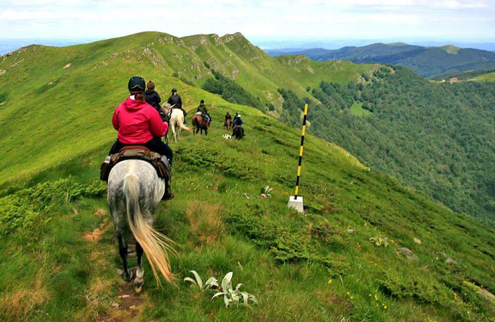 horse back riding tours in bulgaria