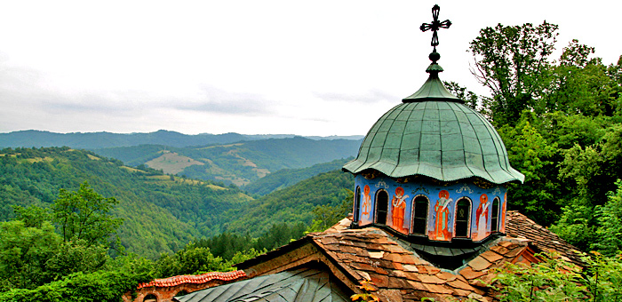hiking, vulture and history tours of bulgaria