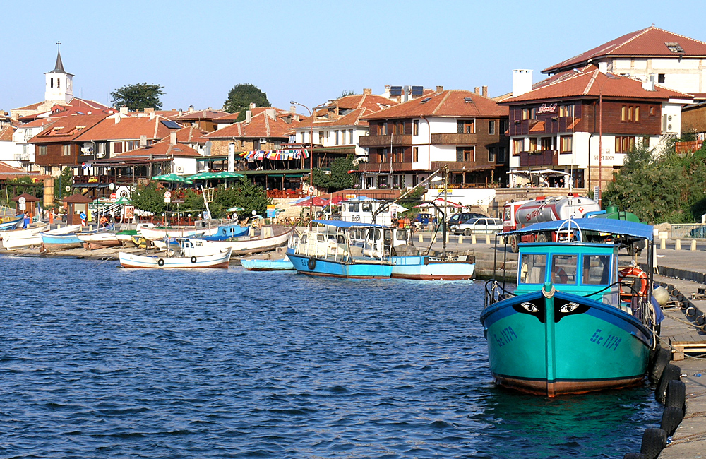 culture and history tour of bulgaria, nessebar old town