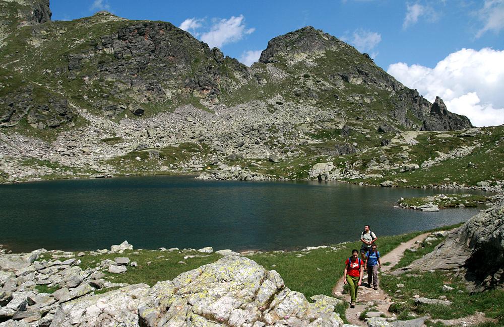 scary lake and malyovitsa peak trekking tour from sofia, bulgaria